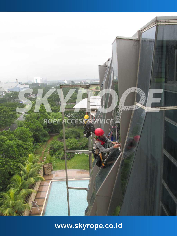 Cleaning-Gedung-Pembersih Gedung Jakarta