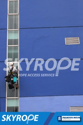 cleaning_rope access_Prasetiya Mulya Business School_02