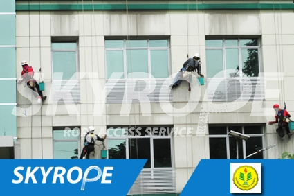 cleaning_rope access_UNJ_01