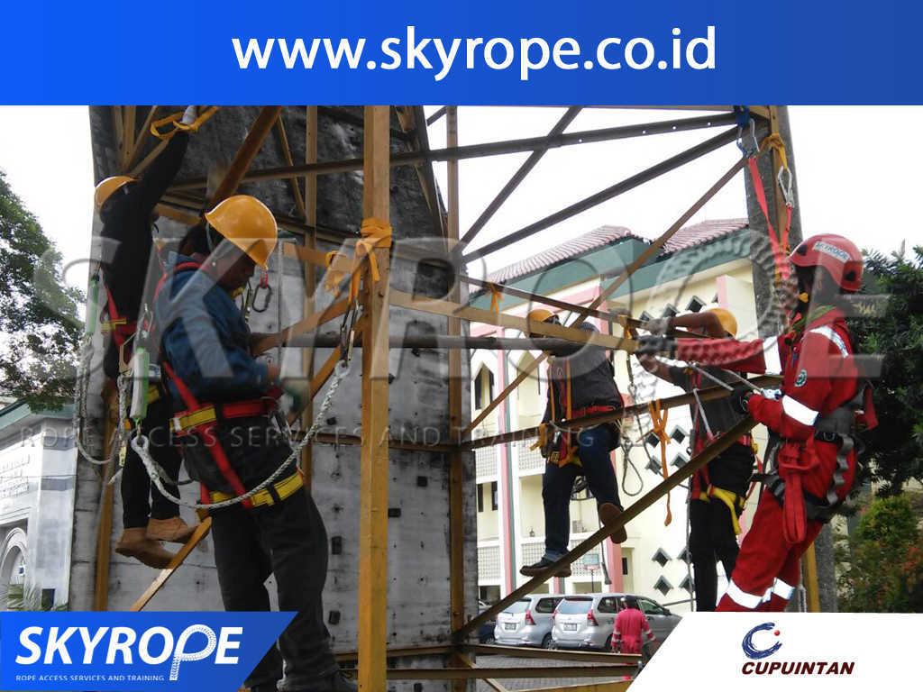 Dokumentasi Rope Access Training PT.CUPU INTAN ADYA PERMATA