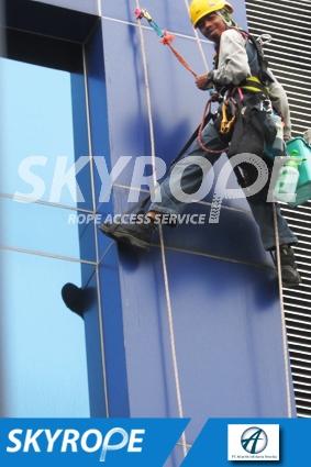 cleaning_rope access_PT_Atlantis Infotama Teknika_01
