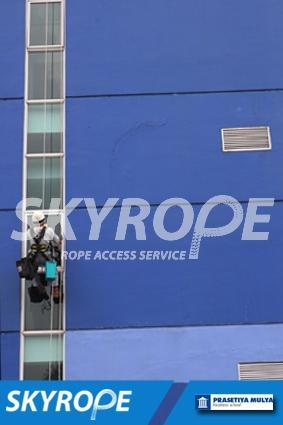 cleaning_rope access_Prasetiya Mulya Business School_02
