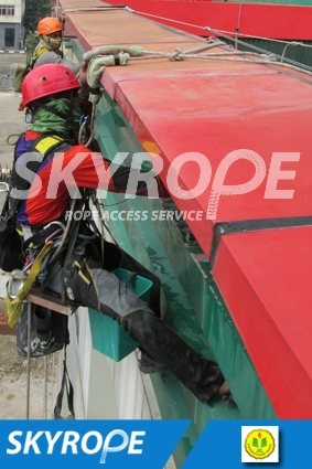 cleaning_rope access_UNJ_03