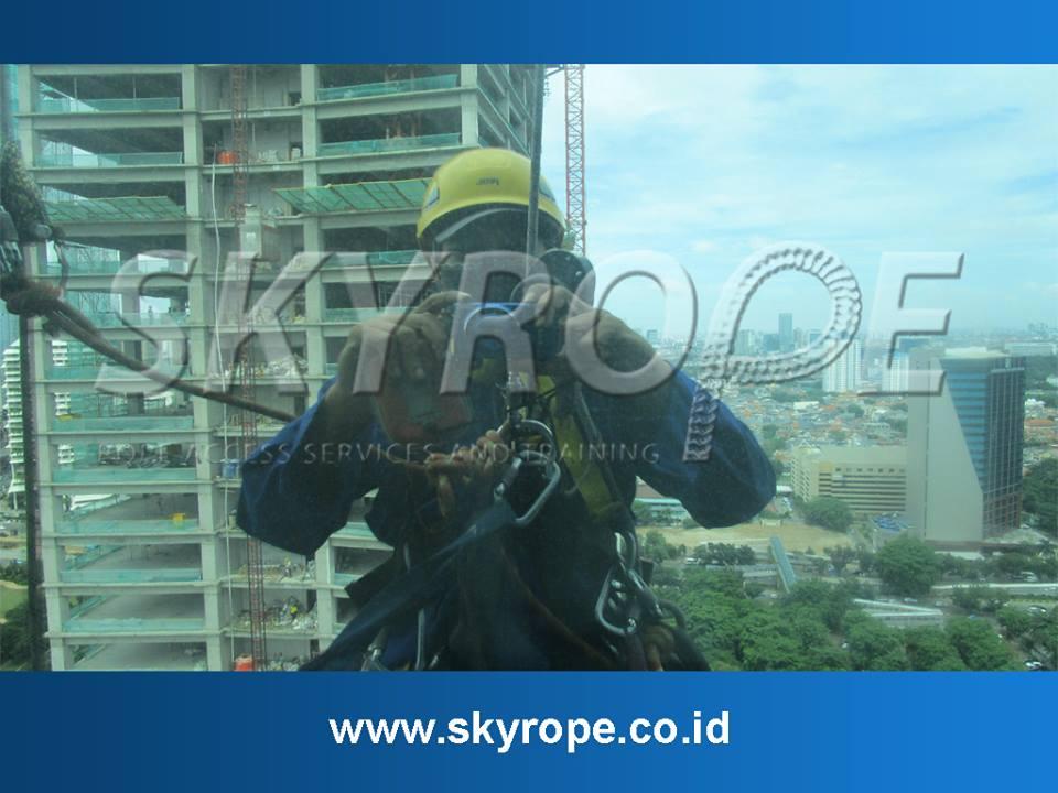 Jasa Pembersihan Kaca Gedung Di Jakarta Cikarang Murah